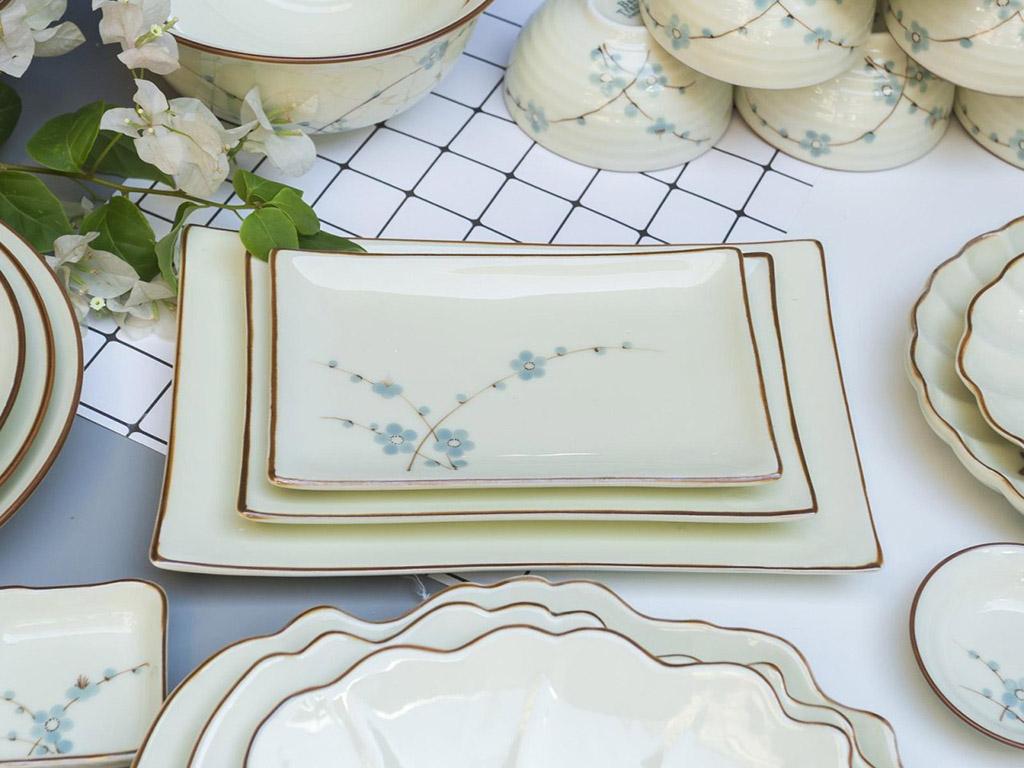 Bộ bát đĩa Bát Tràng men kem vẽ hoa Đào xanh đầy đủ - đĩa chữ nhật