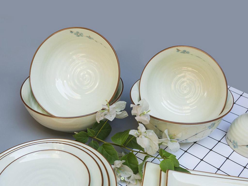 Bộ bát đĩa Bát Tràng men kem vẽ hoa Đào xanh đầy đủ - bát ăn cơm