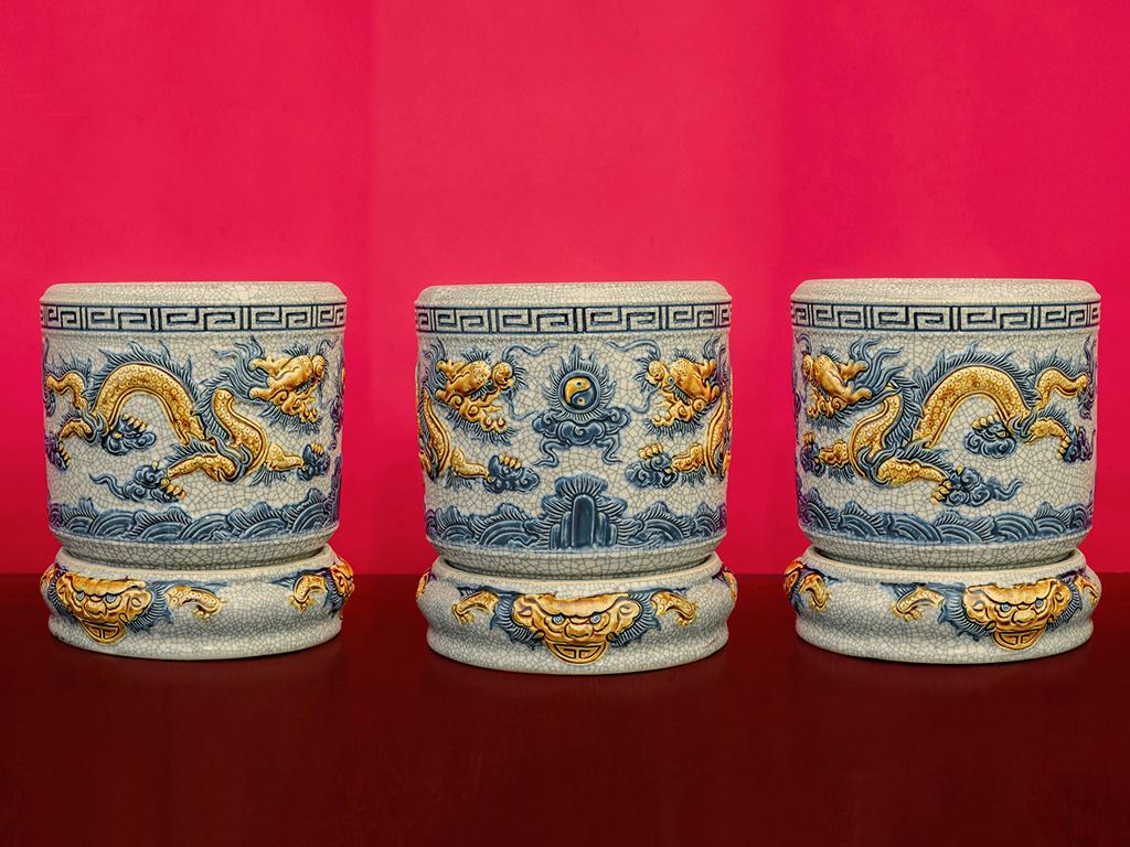 Bộ đồ thờ Bát Tràng men rạn đắp nổi rồng ban thờ 1m97 - bát hương