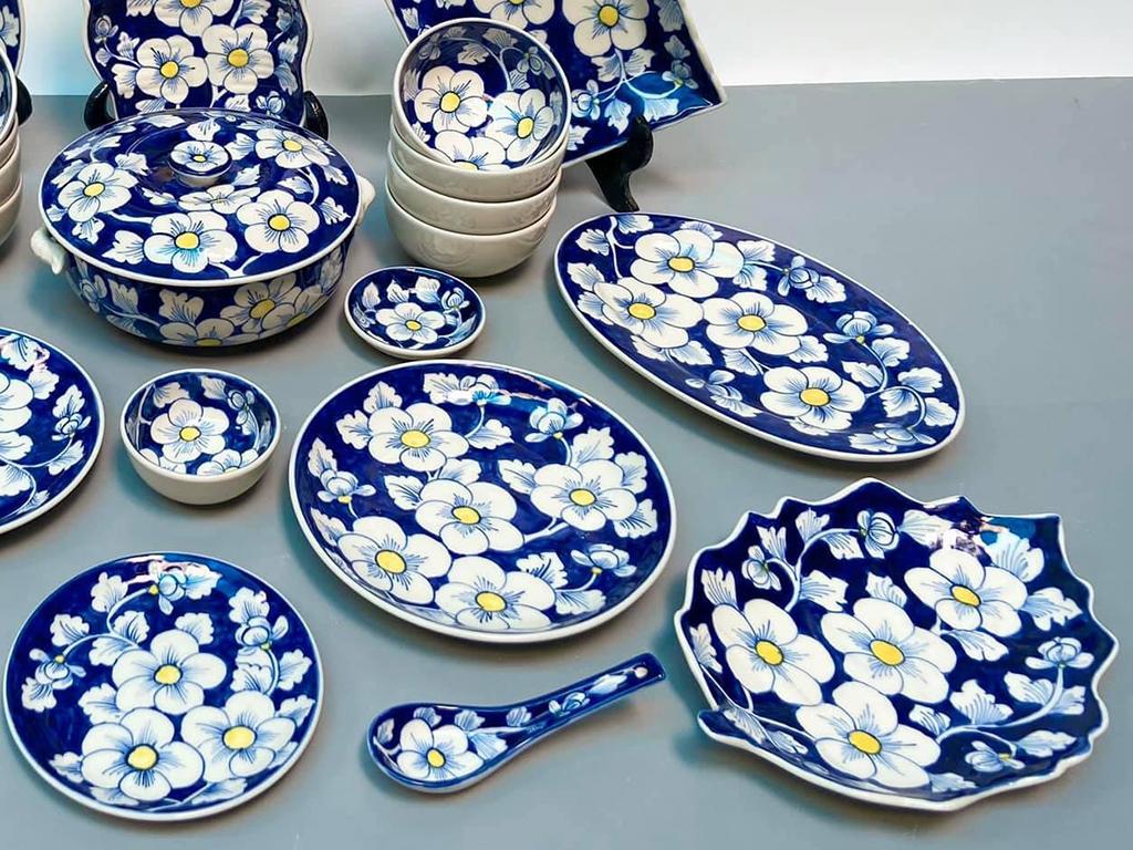 Bộ bát đĩa Bát Tràng vẽ hoa sao băng mai xanh 6 người ăn ảnh 3