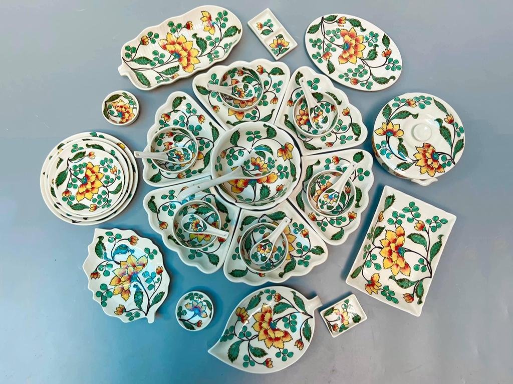 Bộ bát đĩa mâm cơm cúng gia tiên vẽ hoa phù dung đầy đủ