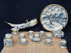 Ấm chén giả cổ bọc đồng vẽ đồng quê dáng Nhật phụ kiện đầy đủ