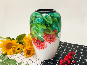 Lọ hoa sơn mài Bát Tràng vẽ cẩm tú cầu ngược dáng vò thon 28cm