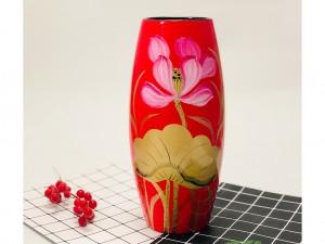Lọ hoa sơn mài Bát Tràng vẽ sen hồng nền đỏ dáng boom 29cm